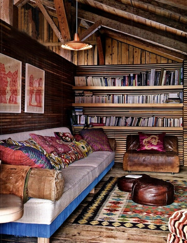 Cozy Living Spaces with Books-22-1 Kindesign