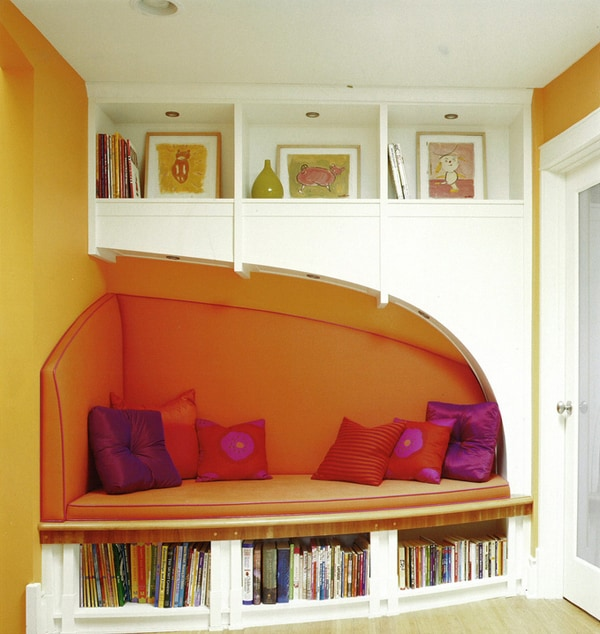 Cozy Living Spaces with Books-32-1 Kindesign