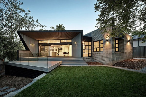 featured posts image for Sensational Narrabundah House by Adam Dettrick Architects