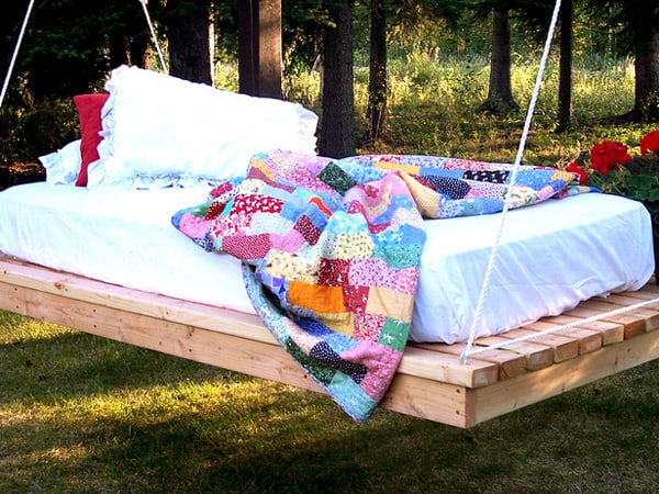 Outdoor Summer Lounging Spaces-02-1 Kindesign