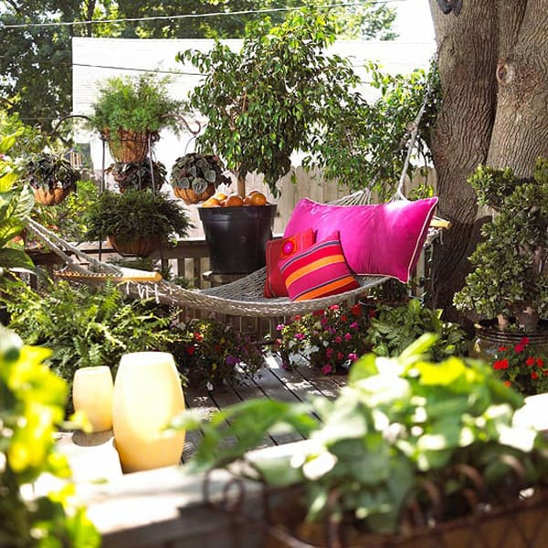 Outdoor Summer Lounging Spaces-13-1 Kindesign