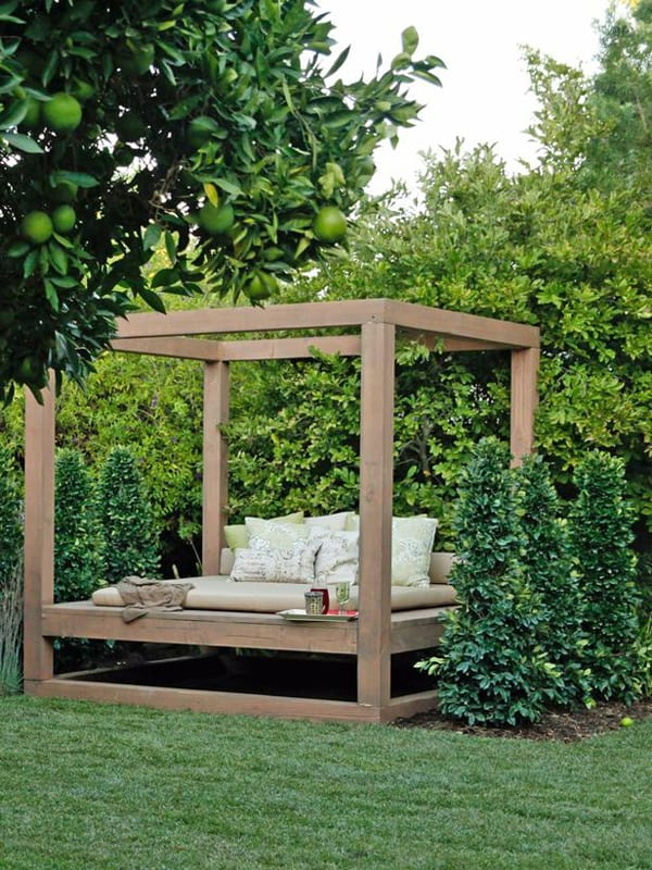 Outdoor Summer Lounging Spaces-19-1 Kindesign