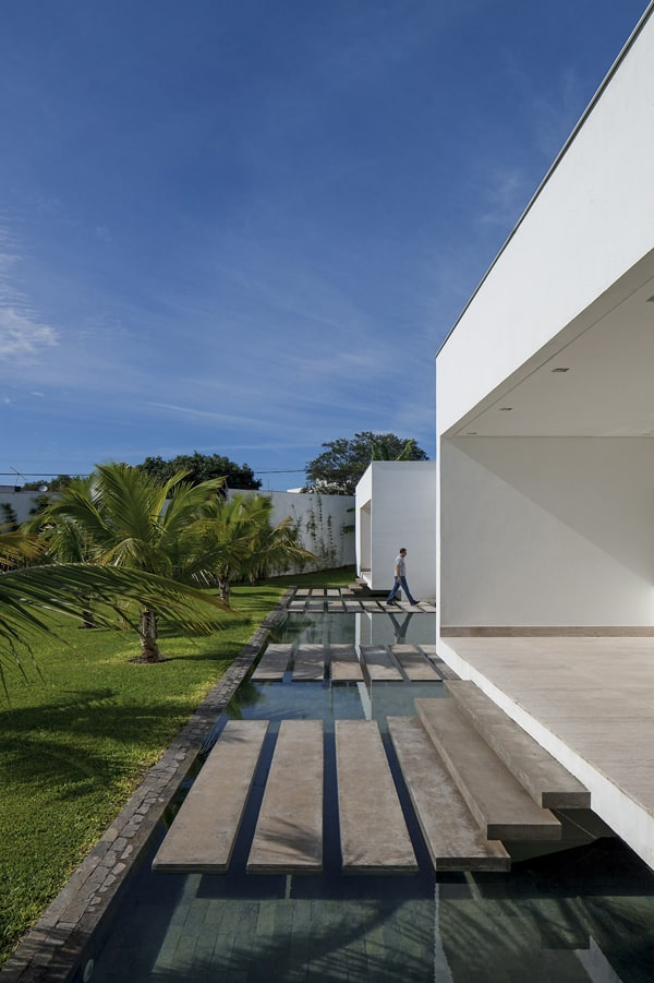 TB House-Aguirre Arquitetura-08-1 Kindesign