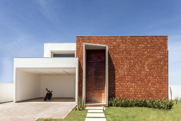 featured posts image for Modern Taquari House adapted to a tropical environment of Brazil