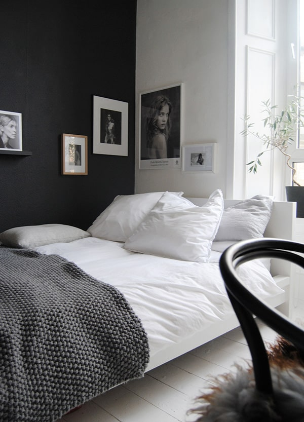 Black Painted Walls-32-1 Kindesign
