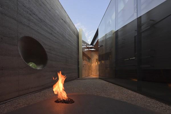 Desert Courtyard House-Wendell Burnette Architects-18-1 Kindesign