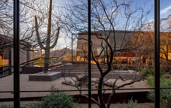 Desert Courtyard House-Wendell Burnette Architects-28-1 Kindesign