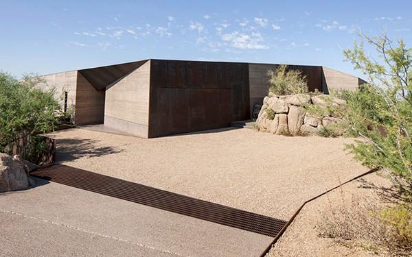 Desert Courtyard House-Wendell Burnette Architects-33-1 Kindesign