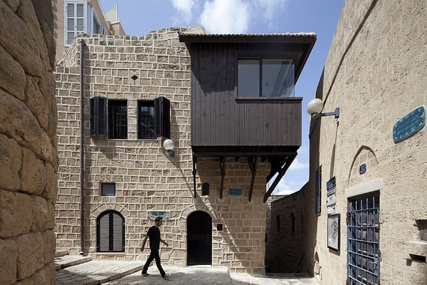 Factory Jaffa House-Pitsou Kedem Architect-02-1 Kindesign