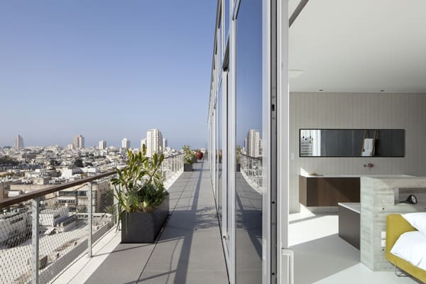 Open and Transparent to The City-Pitsou Kedem Architects-18-1 Kindesign
