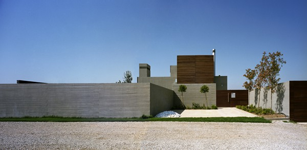 Residence in Larissa-Potiropoulos DL Architects-05-1 Kindesign