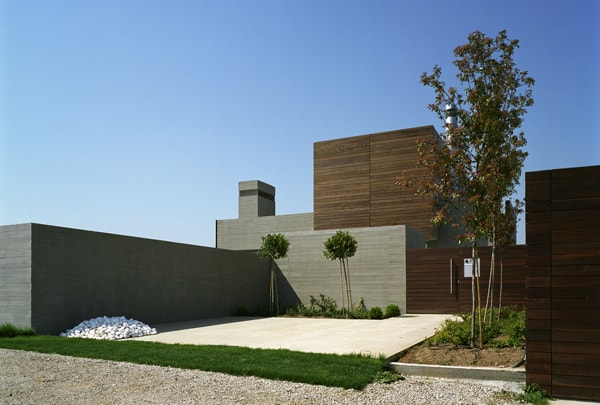 Residence in Larissa-Potiropoulos DL Architects-07-1 Kindesign