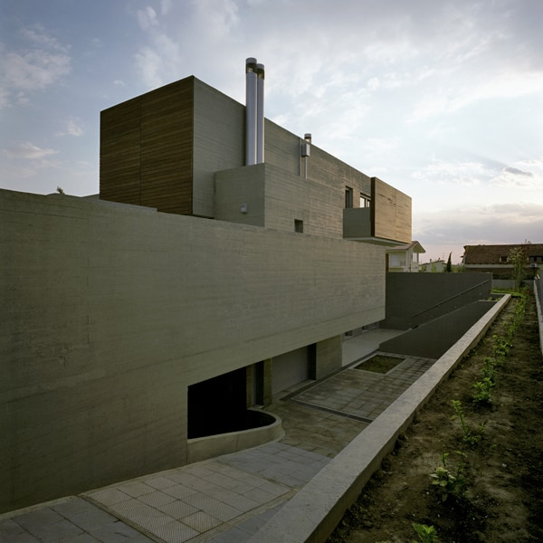 Residence in Larissa-Potiropoulos DL Architects-14-1 Kindesign