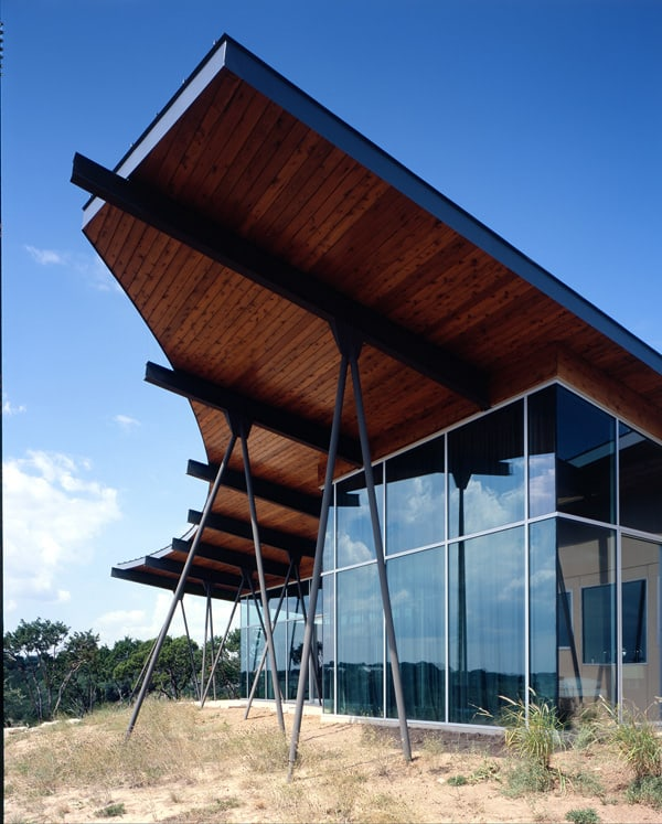 featured posts image for Modern compound in Texas hill country: Trahan Ranch