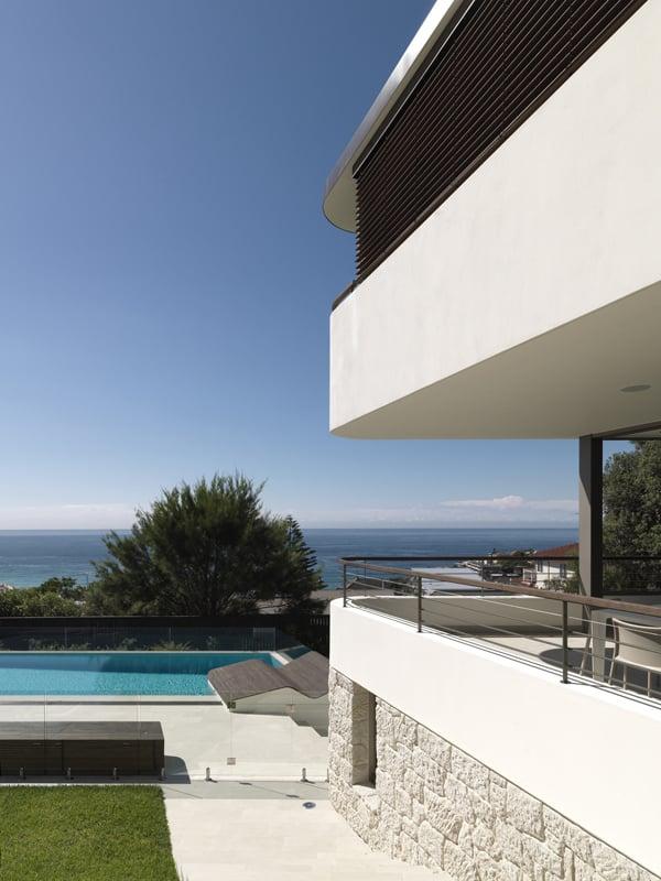 Balcony Over Bronte-Luigi Rosselli Architects-02-1 Kindesign