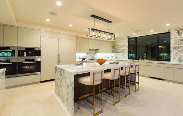 Chalette Drive Residence-Gordon Gibson Construction-09-1 Kindesign