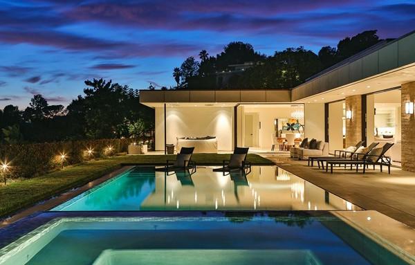 Chalette Drive Residence-Gordon Gibson Construction-26-1 Kindesign