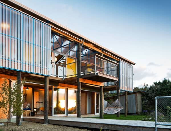 featured posts image for Affordable hillside dwelling in New Zealand: DOGBOX