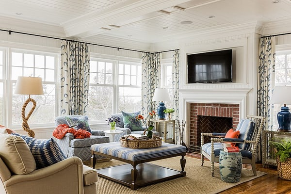 featured posts image for Colorful seaside residence in Cohasset: Home on the Waves