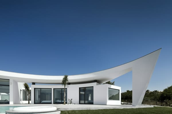House Colunata-Mario Martins-05-1 Kindesign