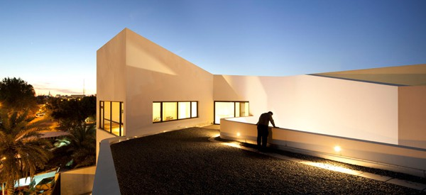 MOP House-AGI Architects-25-1 Kindesign