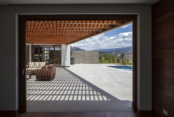 NR2 House-Roberto Burneo Arquitectos-09-1 Kindesign