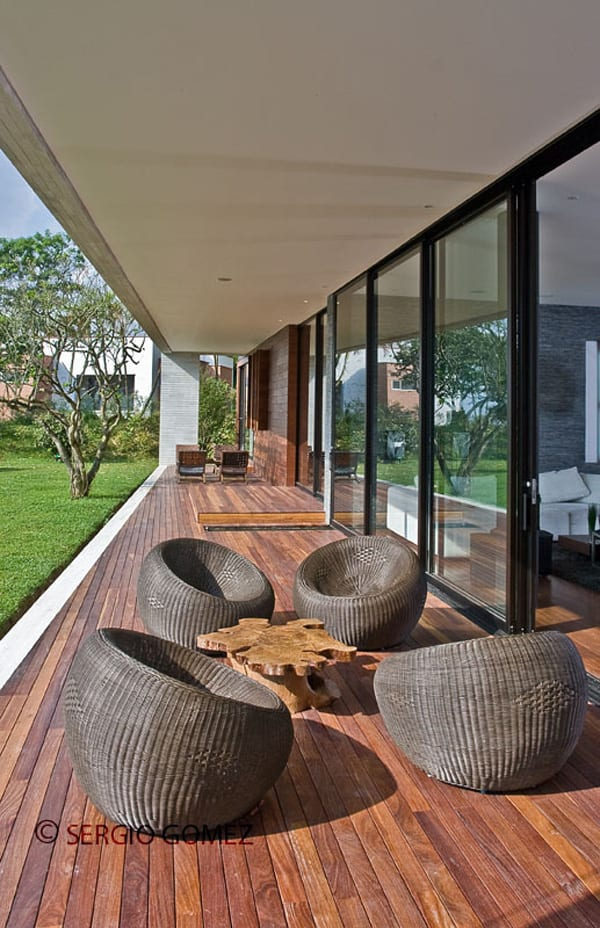 RV House-Alejandro Restrepo Montoya-12-1 Kindesign
