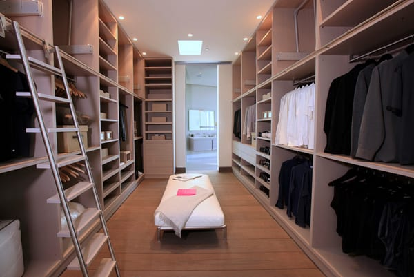 Walk-In Wardrobe Ideas-08-1 Kindesign