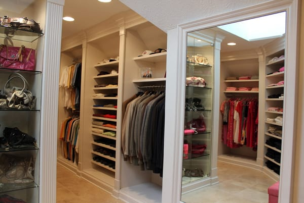Walk-In Wardrobe Ideas-15-1 Kindesign