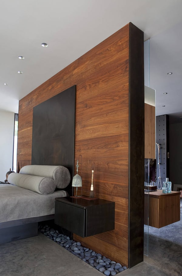 Eye-Catching Wooden Walls-25-1 Kindesign
