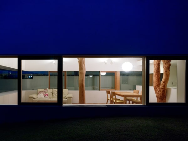 Garden Tree House-Hironaka Ogawa Associates-14-1 Kindesign