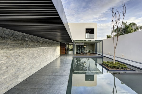 LA House-Elias Rizo Arquitectos-01-1 Kindesign