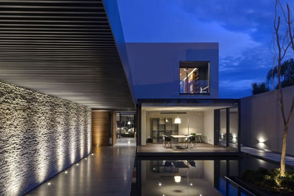 LA House-Elias Rizo Arquitectos-12-1 Kindesign