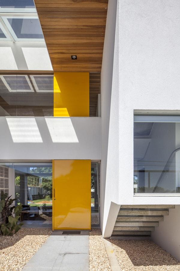 Linhares Dias House-DOMO Arquitetos-03-1 Kindesign