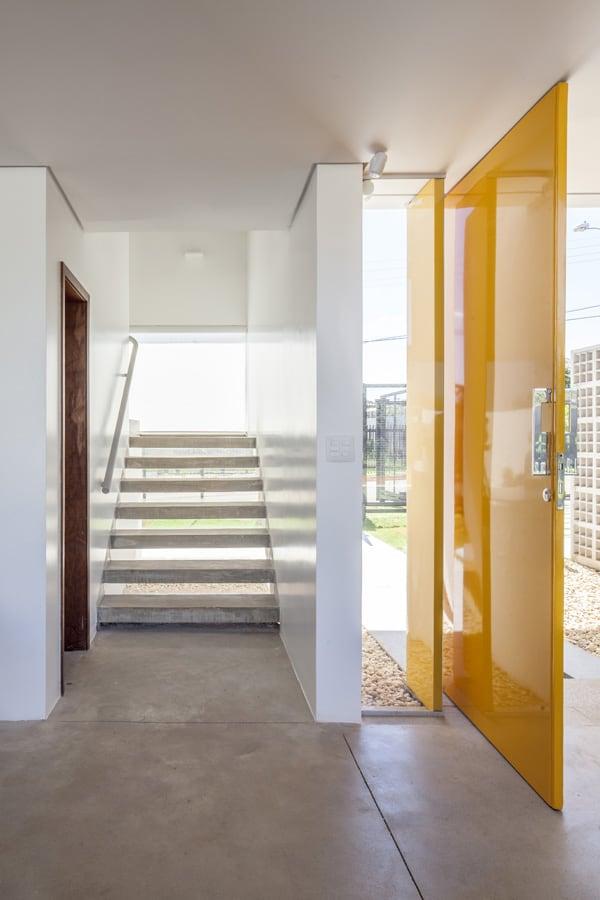 Linhares Dias House-DOMO Arquitetos-06-1 Kindesign