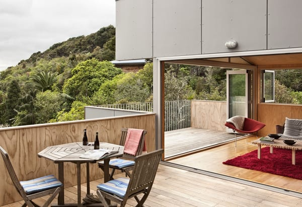 featured posts image for Incredible house in the trees: Palm Beach House in New Zealand