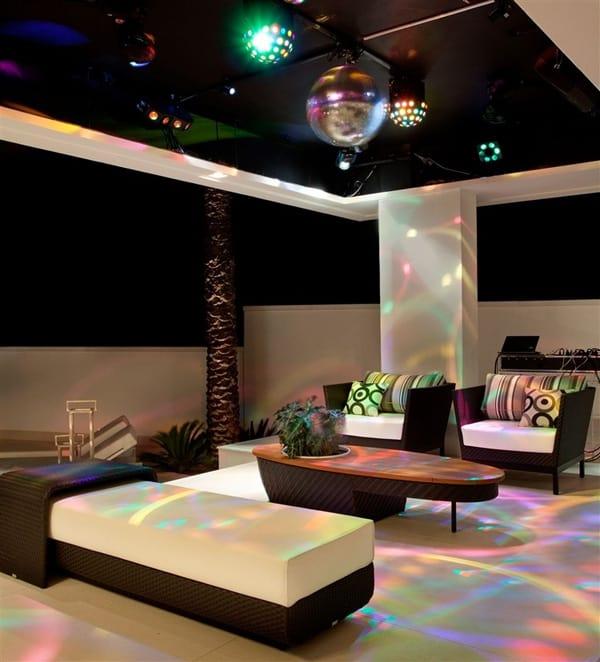 Residencia NJ-Pupogaspar Arquitetura-36-1 Kindesign