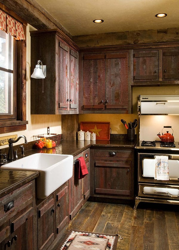 Rustic Kitchens in Mountain Homes-44-1 Kindesign
