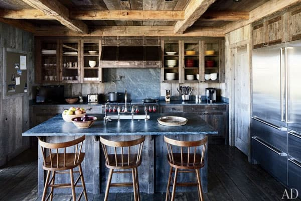 Rustic Kitchens in Mountain Homes-53-1 Kindesign