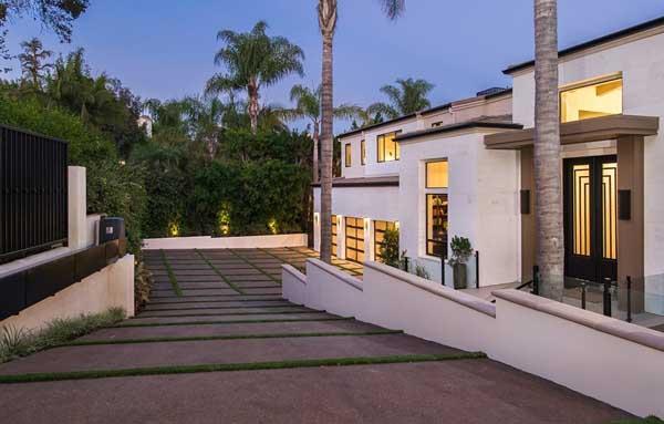 Brentwood Residence-534 Crestline Drive-02-1 Kindesign