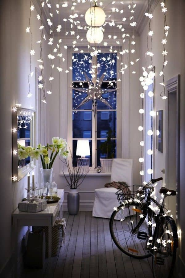 40+ Fascinating Christmas decorating ideas for small spaces on ideas for small bathroom, ideas for small closets, ideas for small mirrors, ideas for small furniture, ideas for small windows, ideas for small living, ideas for small bedroom,