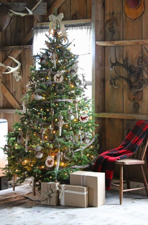 Rustic Christmas Decorating Ideas 09 1 Kindesign