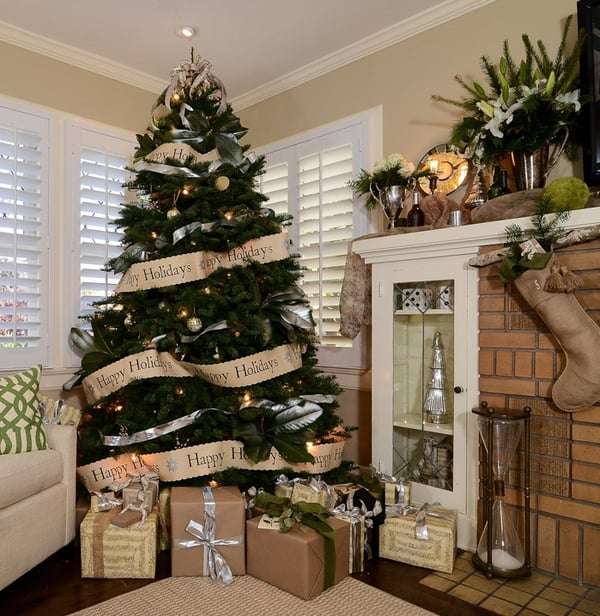 rustic christmas decorating ideas 16 1 kindesign - Rustic Christmas Decor