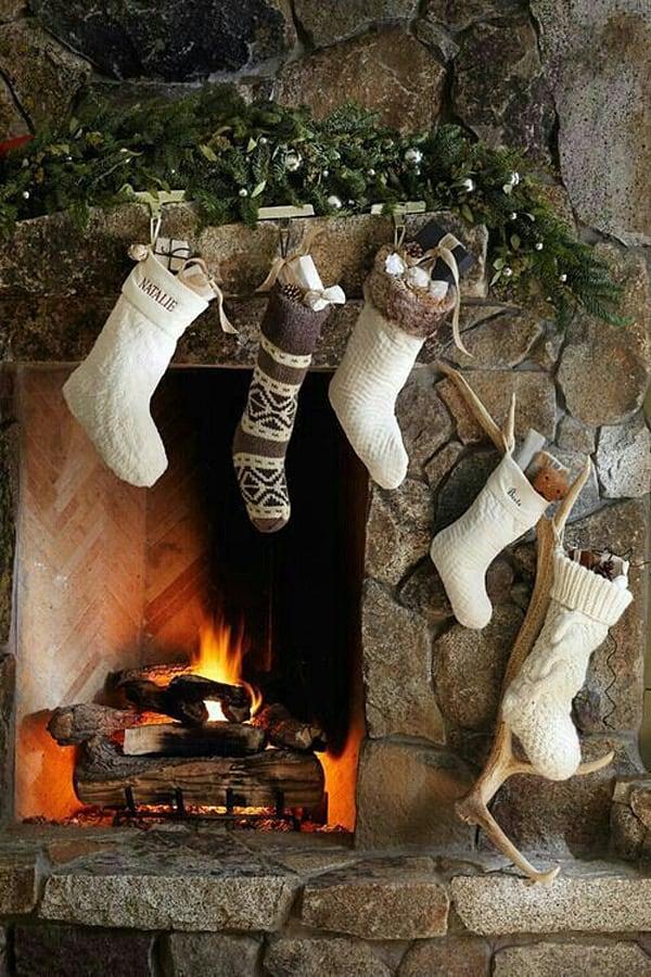Rustic Christmas Decorating Ideas-17-1 Kindesign