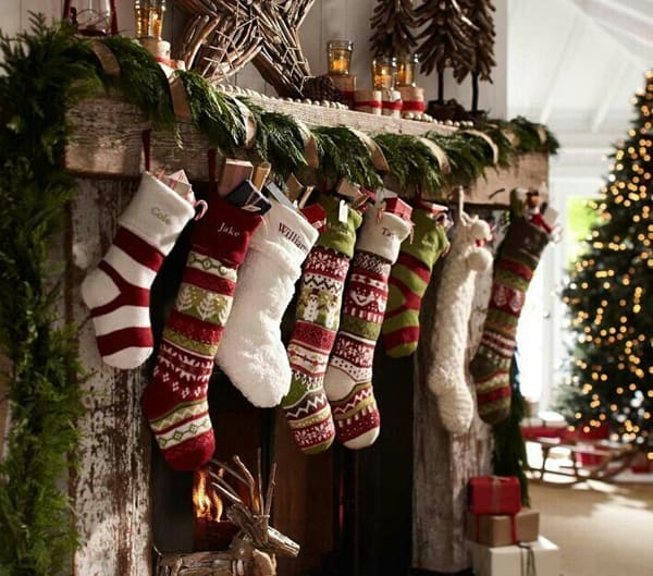 Rustic Christmas Decorating Ideas-43-1 Kindesign