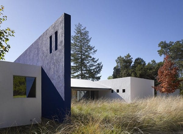 featured posts image for Transparency and light defining contemporary Casa Cielo Azul