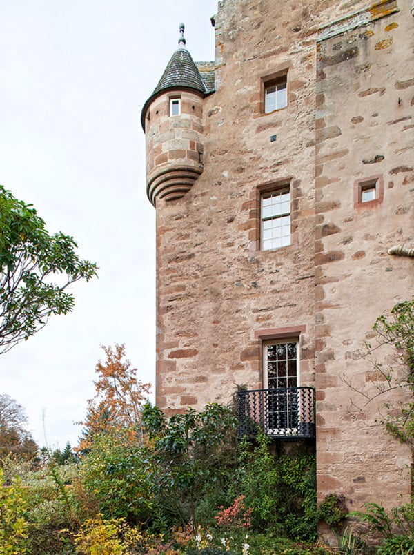 Dalcross Castle-Maxwell Company Architects-03-1 Kindesign