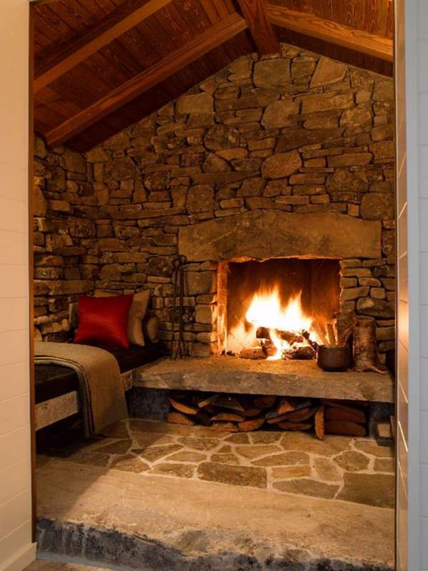 Fireplaces in Warm-Cozy Living Spaces-17-1 Kindesign