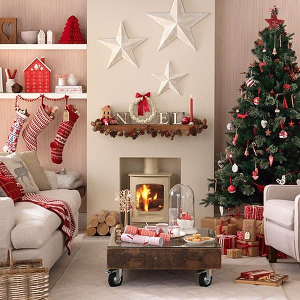 Delightful Modern Christmas Decorated Living Rooms 020 1 Kindesign