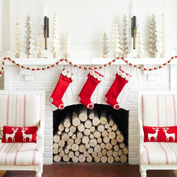 Modern Christmas Decorated Living Rooms-05-1 Kindesign